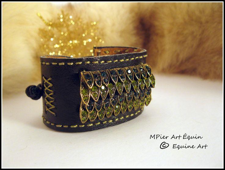 LEATHER cuff bracelet de la boutique MPierArtEquin sur Etsy