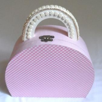 Caixa maleta para uma princesa