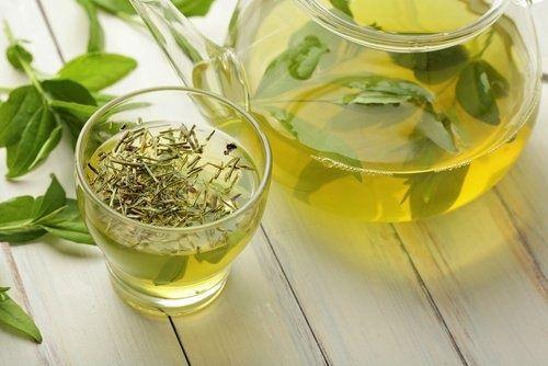 10 bienfaits incroyables du thé vert
