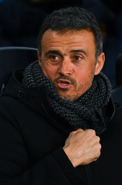 Head coach Luis Enrique of FC Barcelona looks on during the Copa del Rey quarter-final second leg match between FC Barcelona and Real Sociedad at Camp Nou on January 26, 2017 in Barcelona, Catalonia.