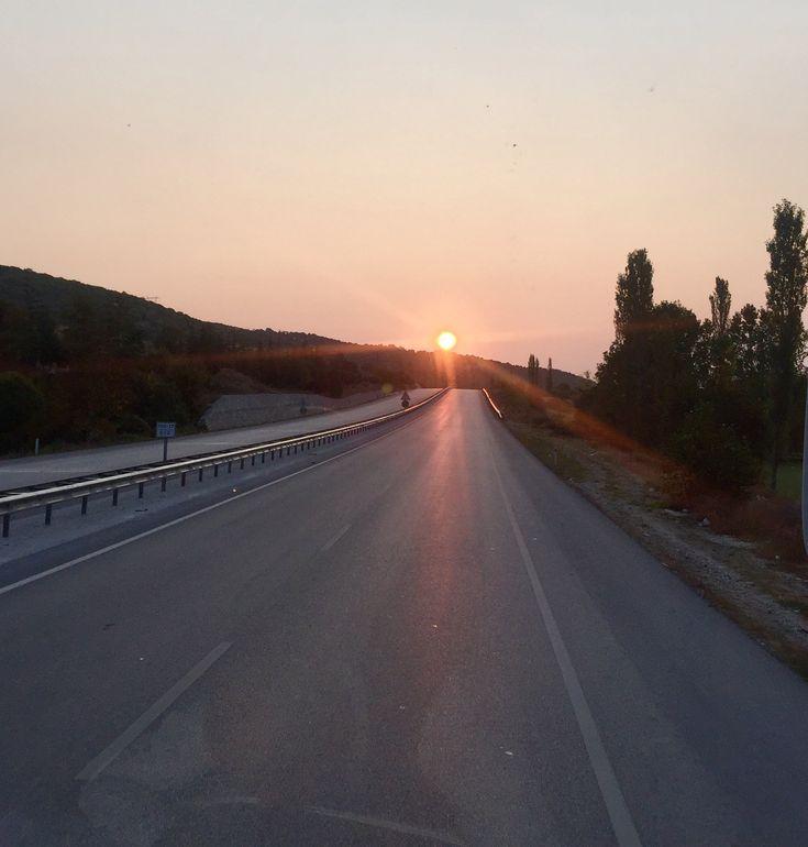 Gün doğarken- İstanbul-Samsun yolu