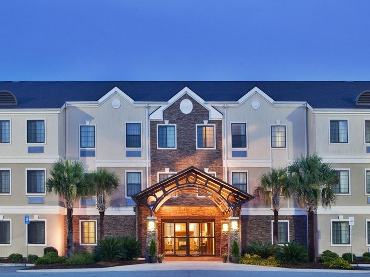 Official site of Candlewood Suites Savannah Airport. Enjoy the comforts of home with full size kitchens, fitness gym, free 24 hours laundry, and free movie & CD rental. Book online for Best Price Guarantee.