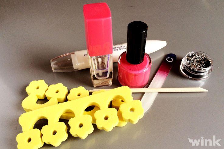 Urobte si doma pedikúru ako profesionálka. http://wink.sk/beauty/krasa/urobte-si-s-nami-pedikuru,-ktoru-zvladnete-ako-profesionalky-aj-samy.aspx