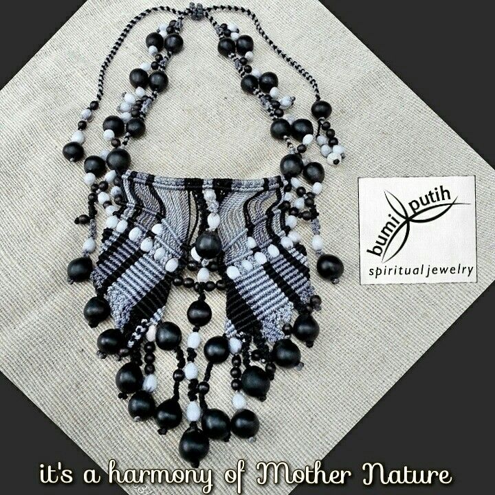 Mesmerized with the beauty and the energy of black soapberry seeds and white job tears seeds. Ive made this adjustable necklace as my appreciation to them. Made from 35 soapberry seeds, 65 job tears seeds, and 68 canna seeds. Knotted and macrame with black, light and dark grey nylon cord. All the seeds were process naturally without using any chemicals.  Artworks by @tonyputih PRICE IDR 350.000