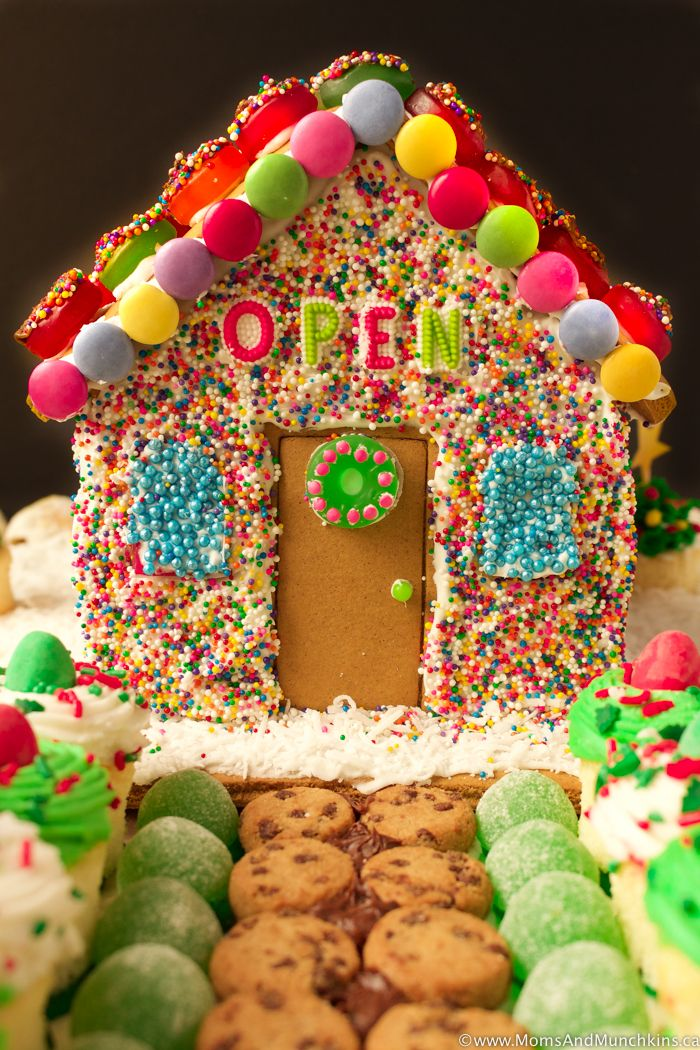 Gingerbread House Ideas For Family Fun Moms Munchkins Homemade Gingerbread House Christmas Gingerbread House Gingerbread House Decorations
