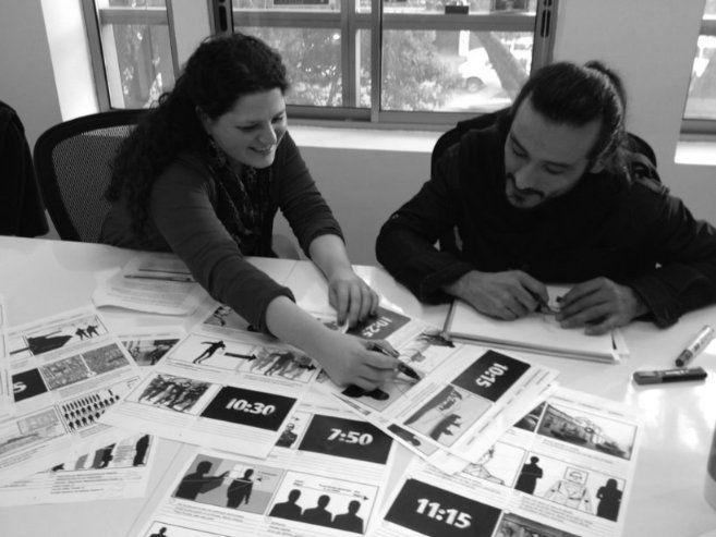 Manual de Periodismo de Datos Iberoamericano Con la senora PAULA TALA (grande...hizo lo imposible para que este proyecto saliera a luz....)