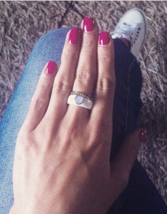White ceramic and gold. Nice contrast to the pink nail polish