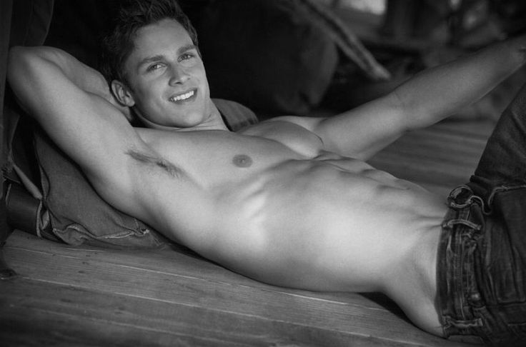 Abercrombie and fitch nude — pic 6