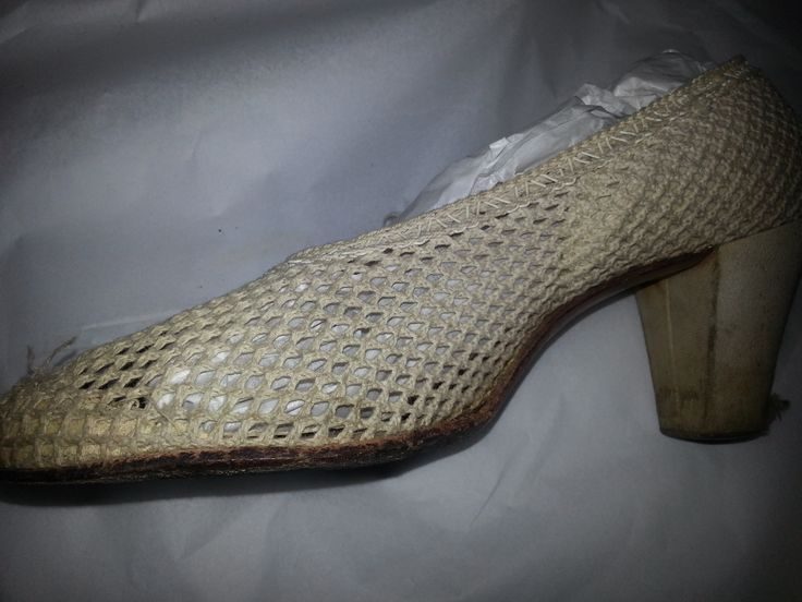 1935 womens white mesh court shoes