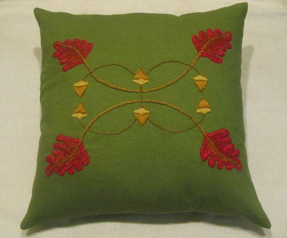 Misión de Artes y oficios, artesano estilo almohada bordado a mano hoja de roble y bellota diseño