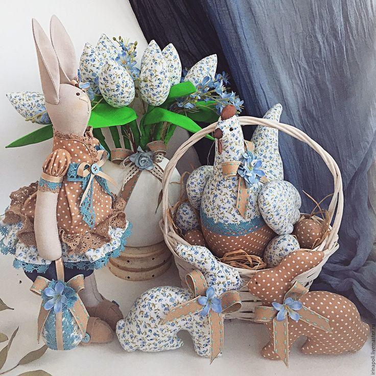 Купить Интерьерная композиция Незабудка . Курочка, кролики, букет тюльпанов, - голубой, интерьерная игрушка