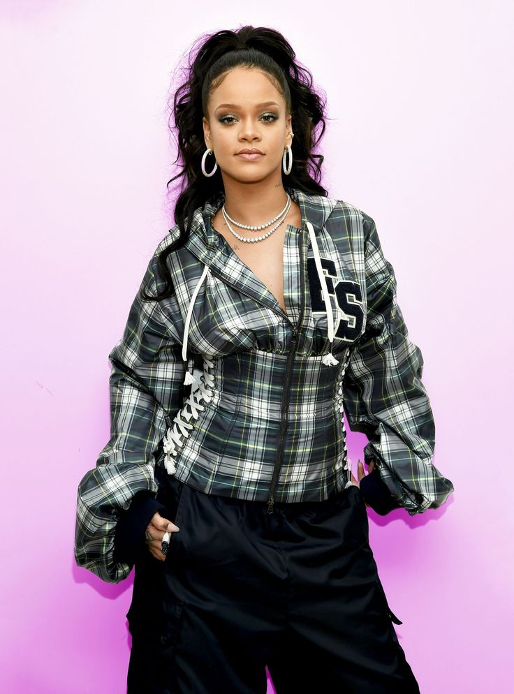 How 30-Year-Old Rihanna Changed The Music Industry+#refinery29