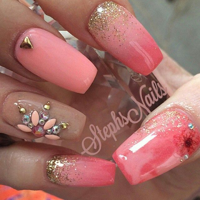 @_stephsnails_ Those are giving me life!!!