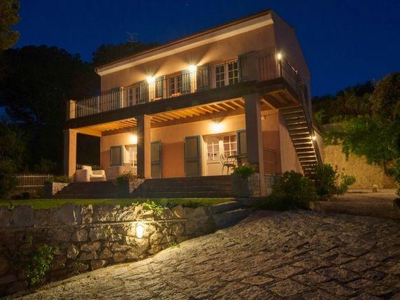 Luxury real estate in Pianosa Italy - Typical Elba Villa in a park - JamesEdition