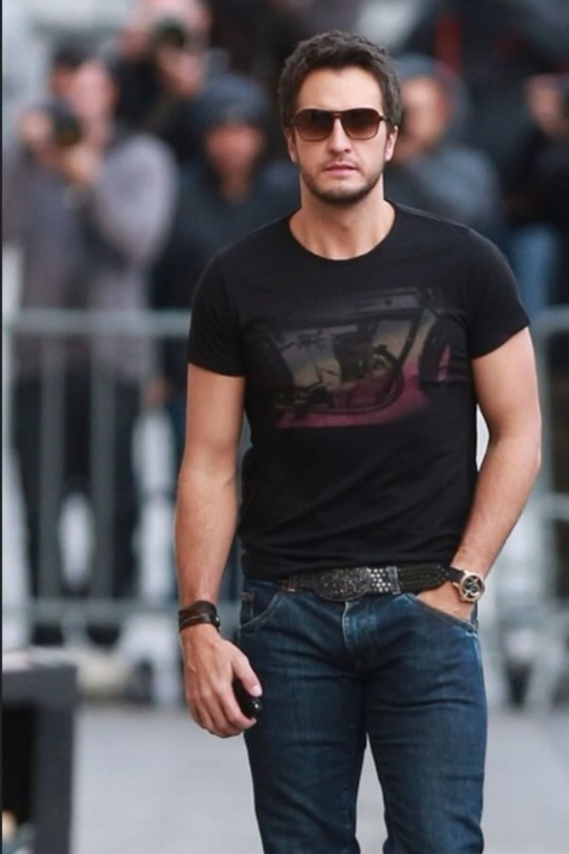 204 best hot country guys images on pinterest country for What happened to luke bryan siblings