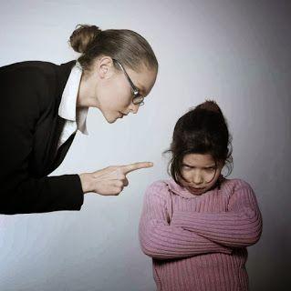 Διδάσκοντας σε ένα παιδί το μίσος | Μπαμπα ελα