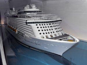 10 Watertight Luxé Yacht Builders