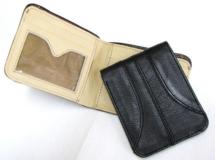 Sports Fusion Wallet: Un diseño diferente, con costuras delicadamente hechas para darle un diseño deportivo, justo para tu personalidad.