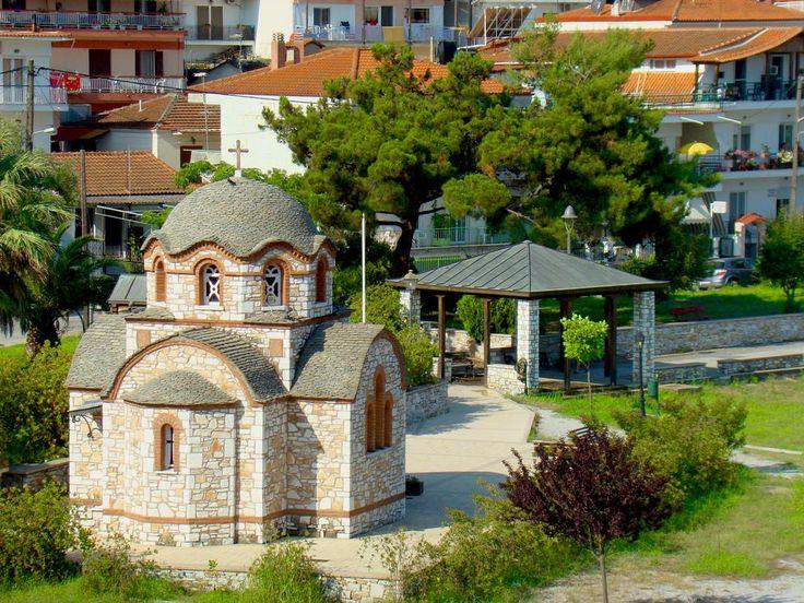 #VillaPavlina #orthodoxy #orthodoxchurch #seasidechurch #halkidiki #olympiada #summervibes