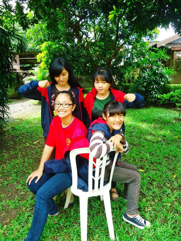 Margaretha Evelin and friends