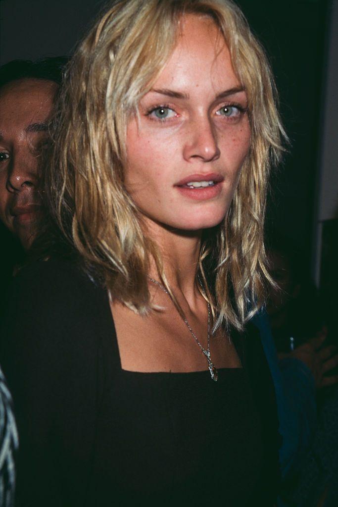 Amber Valletta's Inspired '90s Style | StyleCaster