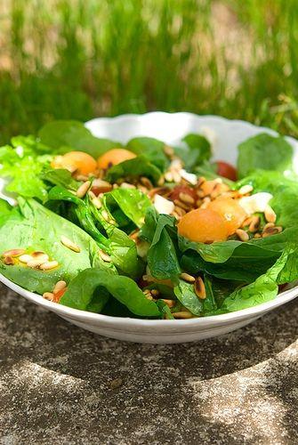 Салат с дыней, моцареллой, помидорами и руколой | Элла Мартино Рецепты Кулинарные туры Итальянская кухня