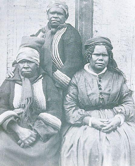 Australia - Aborigines And European Settlers