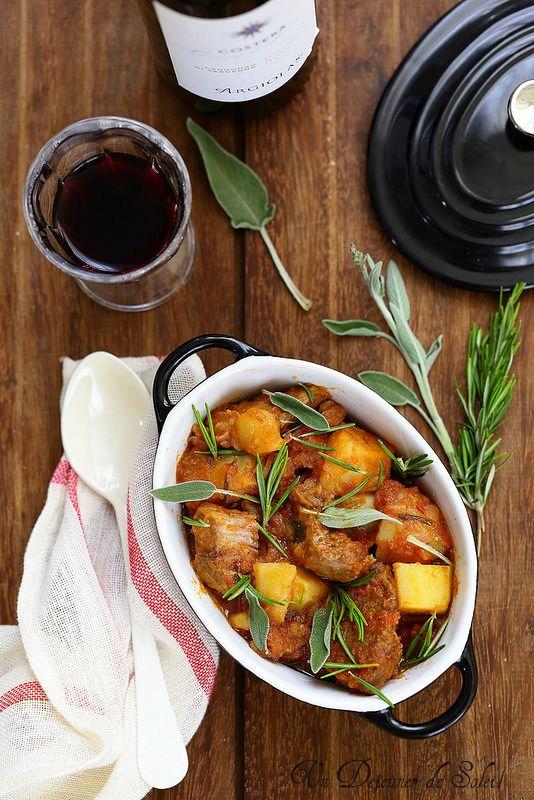 Sauté de veau à l'italienne (spezzatino)/Sauté de veau aux pommes de terre comme en Italie (spezzatino con le patate) (pour 6 personnes)