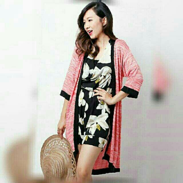 Saya menjual Kimono Twist Cardigan Orange seharga Rp116.000. Dapatkan produk ini hanya di Shopee! http://shopee.co.id/deventostore/4286773 #ShopeeID
