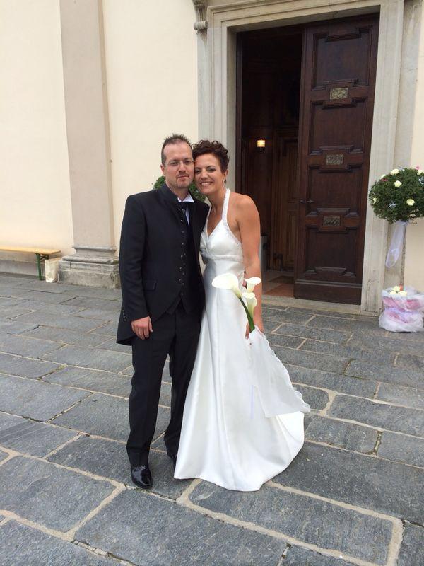 Ecco l'inizio di un altra splendida favola!!! Grazie ragazzi di averci resi partecipi di questo momento bellissimo.....fiori per voi Lo staff Tosettisposa www.tosettisposa.it #abitidasposa #wedding #weddingdress #tosetti #abitidasposo #abitidacerimonia #abiti  #tosettisposa #nozze #bride #alessandrotosetti #carlopignatelli #domoadami #nicole #pronovias #alessandrarinaudo# realtime #l'abitodeisogni #simonarulli # زواج #брак #فساتين زفاف #Свадебное платье #حفل زفاف في إيطاليا #Свадьба в Италии