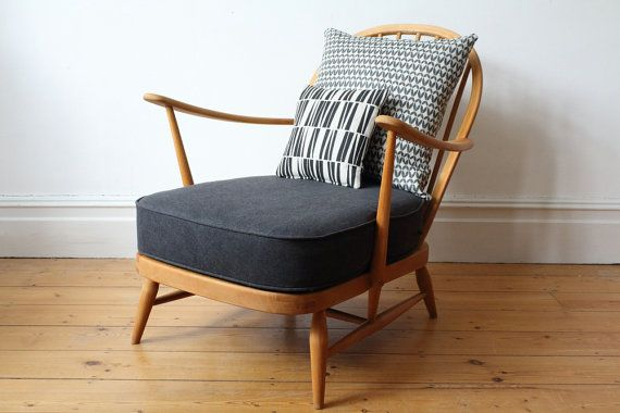 SOLD - This is a lovely vintage Ercol Windsor spindle back easy chair. The chair has been rewebbed and has a new foam base (which meets the