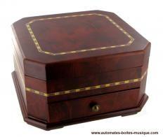 Boîtes à bijoux musicales avec ballerines Boîte à bijoux musicale en bois : boîte à bijoux blanche avec ballerine dansante et décalcomanies