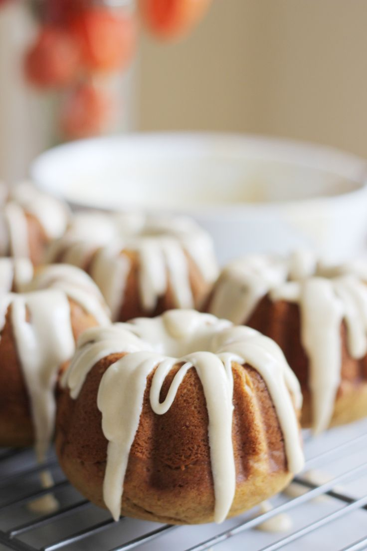 MINI PUMPKIN SPICED LATTE BUNDT CAKES