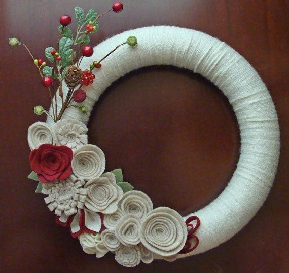 Make a Holiday Felt Flower Wreath {Christmas Tutorial | Felt ...