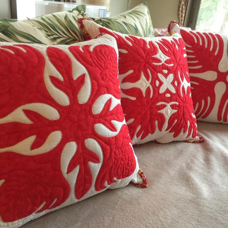 253 best Hawaiian quilts images on Pinterest | Hawaiian quilts ... : hawaiian quilt pillows - Adamdwight.com