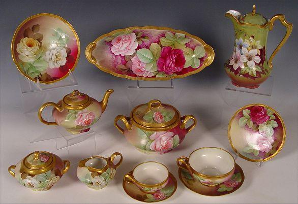 Similar to mine, Ginori Italian hand painted roses tea set, sold 650$