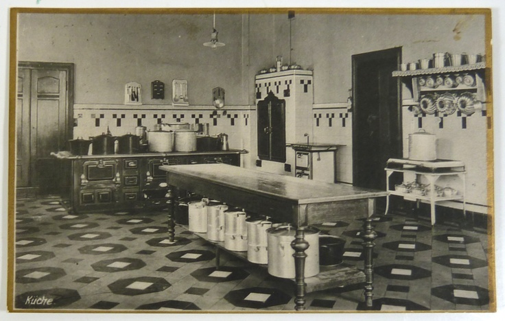 1000 images about kitchens on pinterest victorian for 1925 kitchen designs