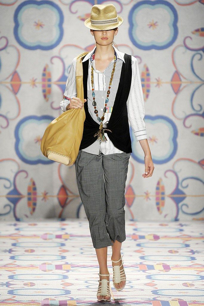 Nicole Miller Spring 2009 Ready to Wear Collection Photos   Vogue