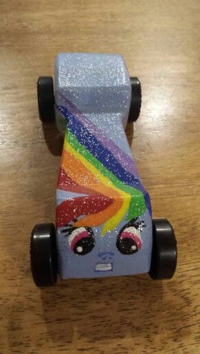 Rainbow Dash the fast pony ever. Power Puff pinewood car.