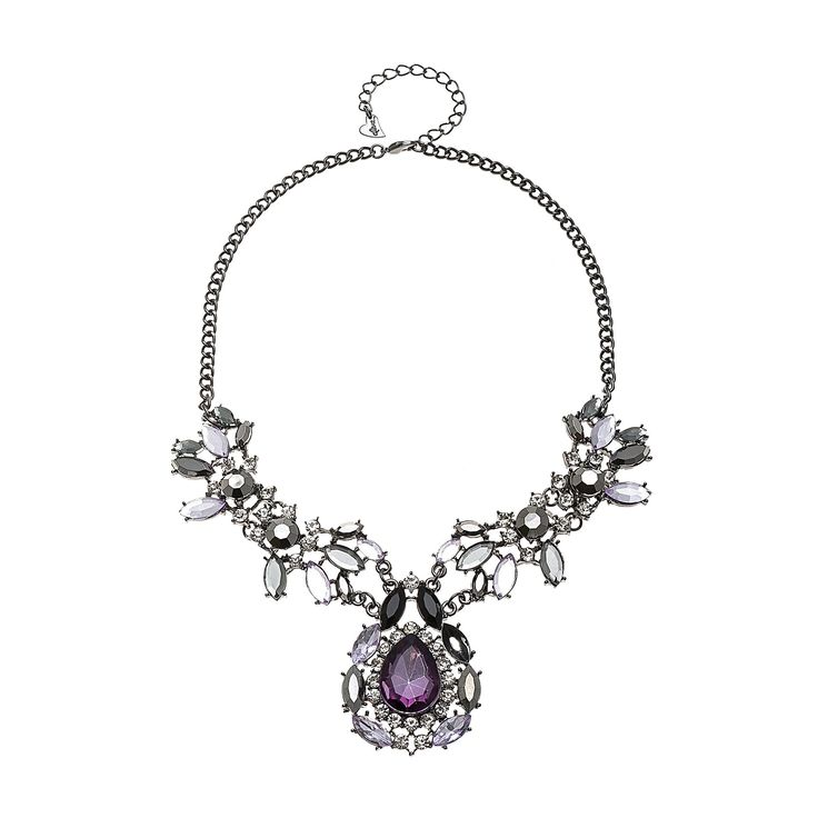 #Necklaces #trend #Accessories #woman #fashionwoman #Fashion #beauty #bib #style #diva