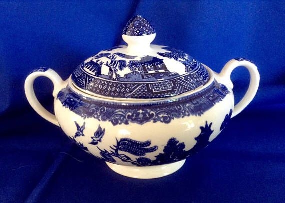 Vintage Blue and White Tureen made in England. Oriental Pagoda