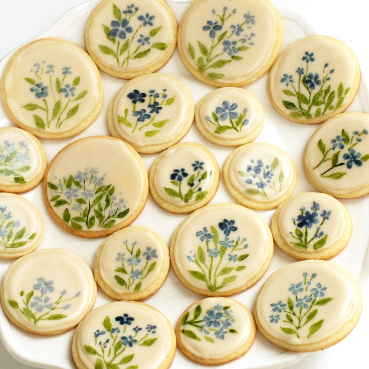 Forget-Me-Not Cookies - anyone want to make these for the wedding???