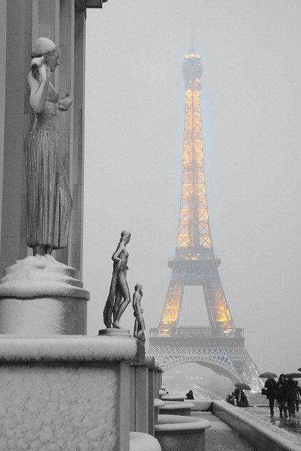 nieuwebegin:Le Foggy Paris.