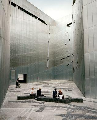 Jüdisches Museum Berlin Architecte : Daniel Libeskind