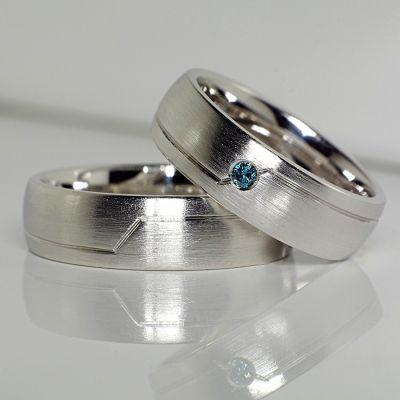 Verighete din aur sau platina cu diamant albastru V130