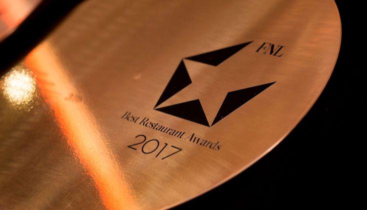 Την Δευτέρα 8 Ιανουαρίου απονέμονται τα αστέρια και τα βραβεία στα καλύτερα εστιατόρια του 2017 στο πλαίσιο των FNL Best Restaurant Awards.