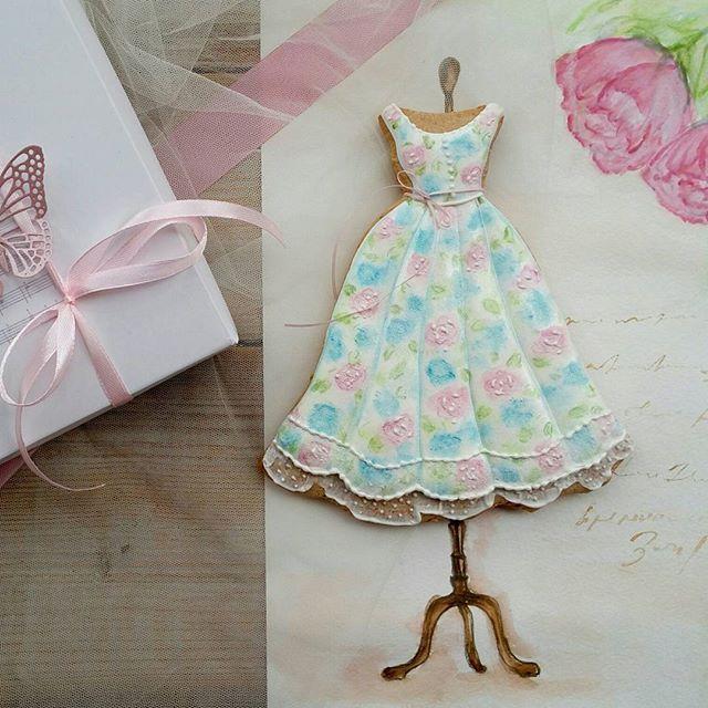#медовыепряники Шелковые платья безусловный тренд весны и лета 2017