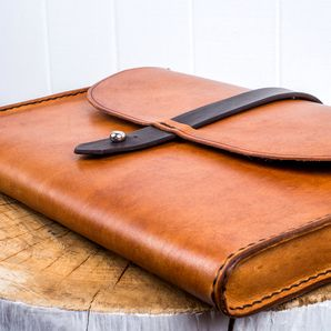 Veg tanned Leather satchel for #paperwork meeting #bag #stationary