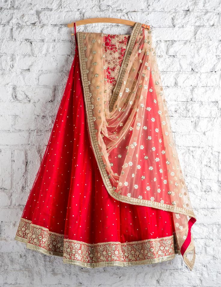 SwatiManish : Red lehenga with gold dupatta