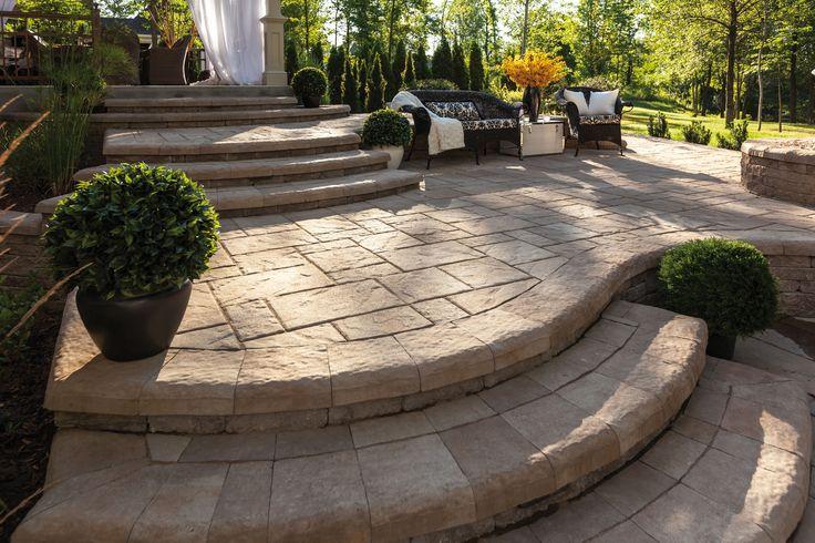 Pavé NIAGARA : Les différentes formes et dimensions de cette pierre permettent la réalisation du motif de votre choix! #Trevi